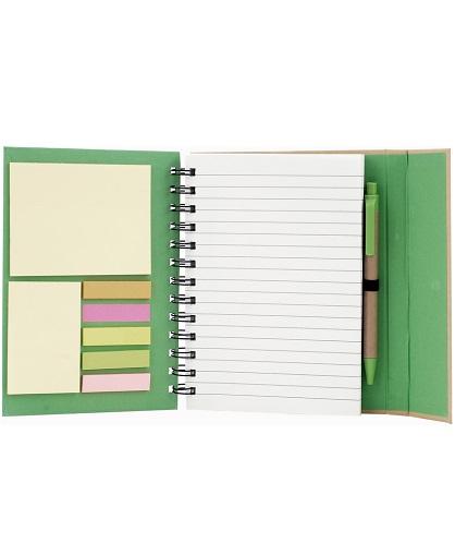 cuaderno con post it verde