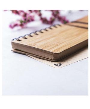 Libreta-pequeña-tapas-rigidas-de-bambu-lado